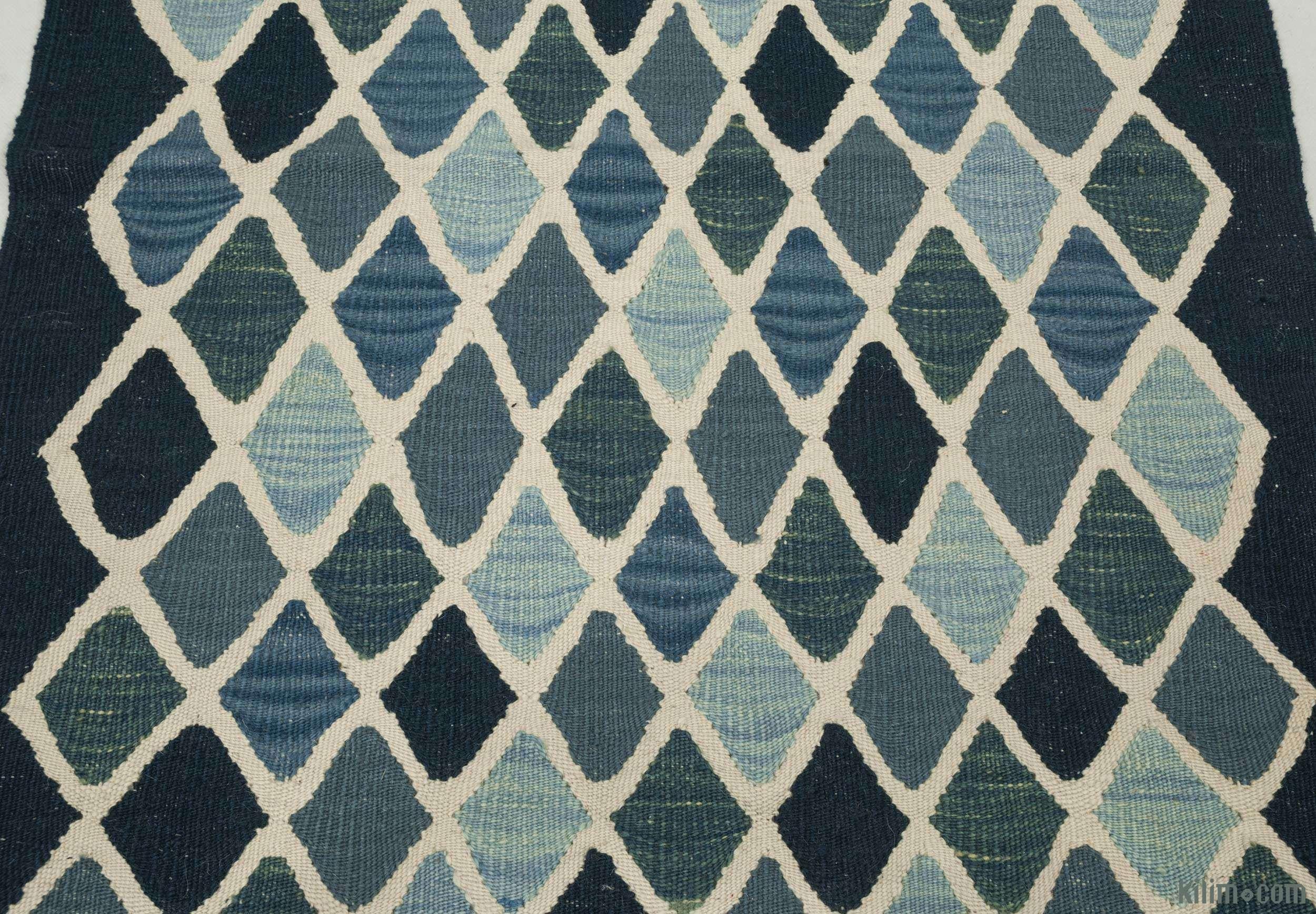 k0004610 blue light blue new turkish kilim runner rug. Black Bedroom Furniture Sets. Home Design Ideas