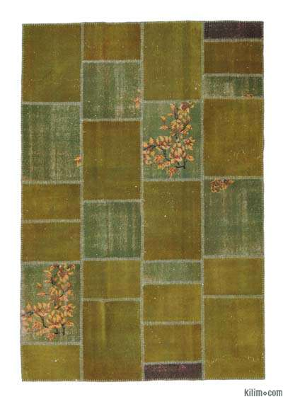Green Over-dyed Turkish Patchwork Rug - 5'10'' x 8'7'' (70 in. x 103 in.)