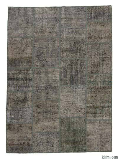 Grey Over-dyed Turkish Patchwork Rug - 5'9'' x 8' (69 in. x 96 in.)