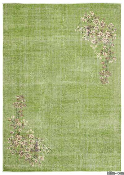 Green Turkish Vintage Area Rug - 6'10'' x 9'9'' (82 in. x 117 in.)