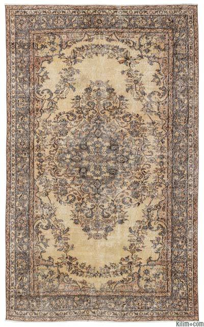 Turkish Vintage Area Rug - 5'6'' x 9' (66 in. x 108 in.)