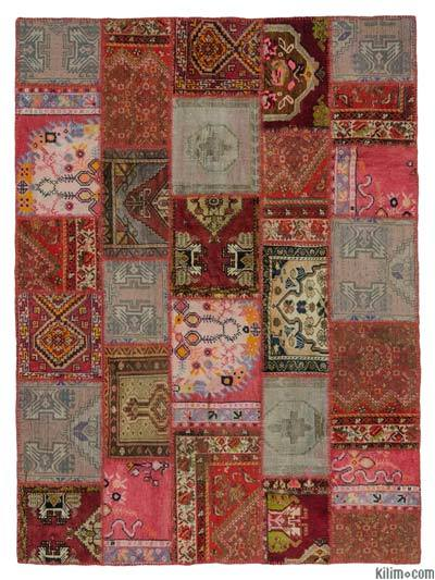 "Turkish Vintage Rug - 5'10"" x 7'10"" (70 in. x 94 in.)"
