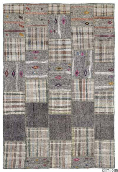 "Turkish Kilim Patchwork Rug - 6'4"" x 9'2"" (76 in. x 110 in.)"