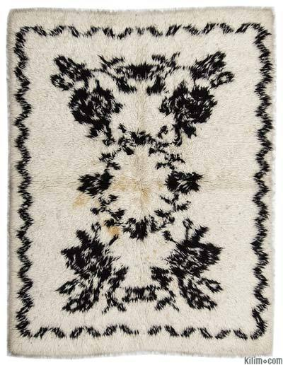 Beige Vintage Turkish Tulu Rug - 5'1'' x 6'11'' (61 in. x 83 in.)