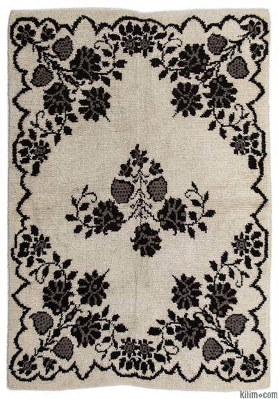 Beige Vintage Turkish Tulu Rug - 4'11'' x 7'3'' (59 in. x 87 in.)