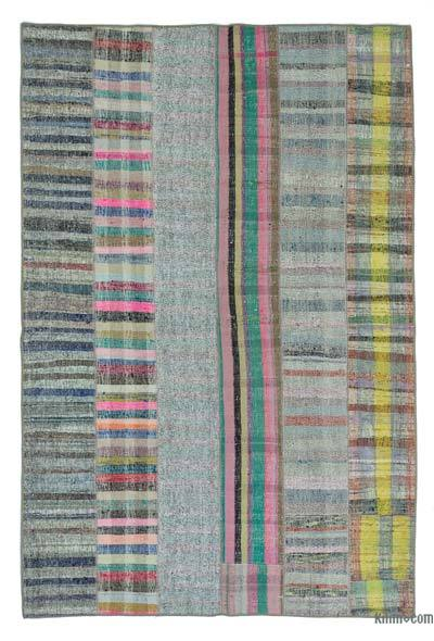 "Turkish Chaput Patchwork Rug - 5'10"" x 8'10"" (70 in. x 106 in.)"