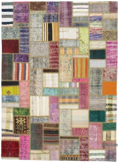 Turkish Chaput Patchwork Rug - 5'7'' x 7'7'' (67 in. x 91 in.)