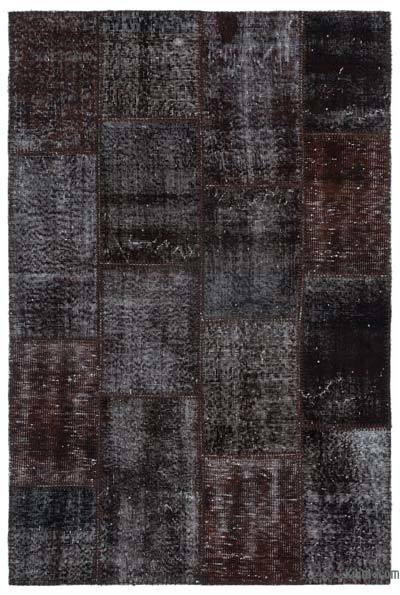 Black Over-dyed Turkish Patchwork Rug - 3'11'' x 5'11'' (47 in. x 71 in.)