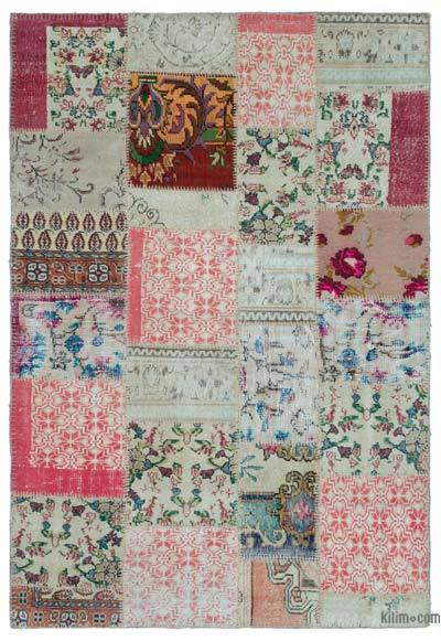 Turkish Patchwork Rug - 5'3'' x 7'9'' (63 in. x 93 in.)