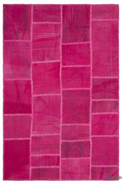 Fuchsia Over-dyed Kilim Patchwork Rug - 5'1'' x 7'8'' (61 in. x 92 in.)