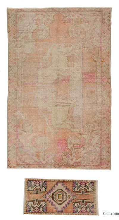 "Turkish Vintage Area Rug - 4'4"" x 6'9"" (52 in. x 81 in.)"