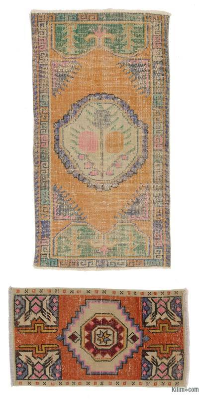 Turkish Vintage Area Rug - 2'4'' x 4'4'' (28 in. x 52 in.)