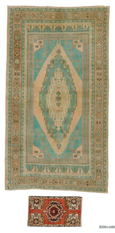 Turkish Vintage Area Rug - 5'1'' x 9' (61 in. x 108 in.)