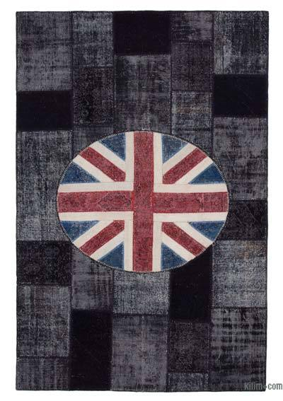 Multicolor Patchwork British Flag Rug - 6'7'' x 10' (79 in. x 120 in.)