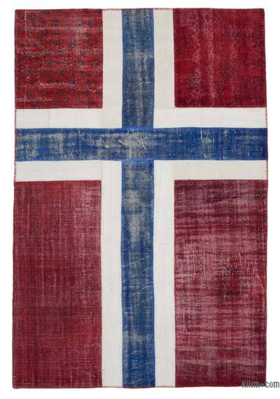 "Patchwork Norwegian Flag Rug - 6'6"" x 9'5"" (78 in. x 113 in.)"