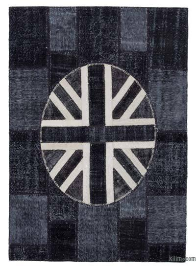 "Patchwork British Flag Rug - 5'8"" x 8'2"" (68 in. x 98 in.)"