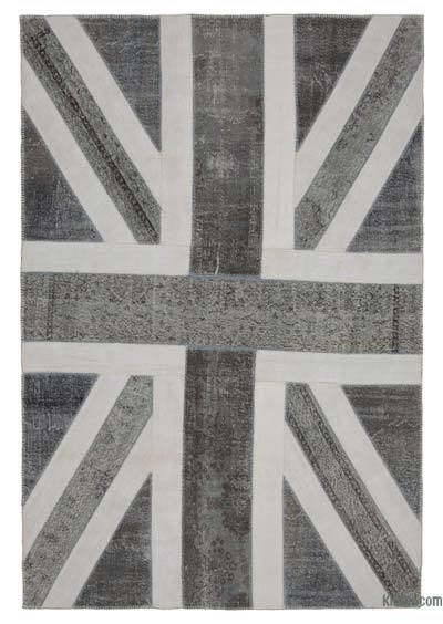 Grey Patchwork British Flag Rug - 6'7'' x 9'10'' (79 in. x 118 in.)