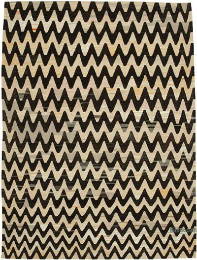Beige, Black New Contemporary Handwoven Wool Rug - 7'9'' x 10'6'' (93 in. x 126 in.) - Old Yarn